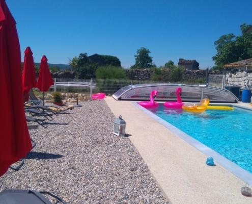 Gite avec piscine couverte et chauffée en Ardèche